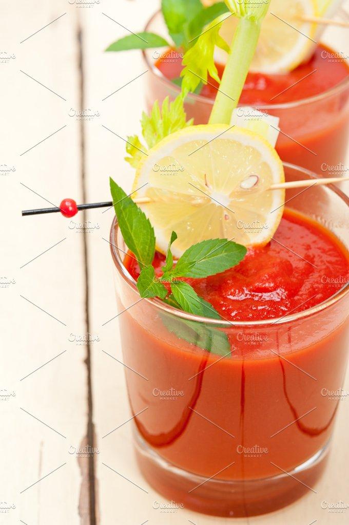 tomato juice 012.jpg - Food & Drink
