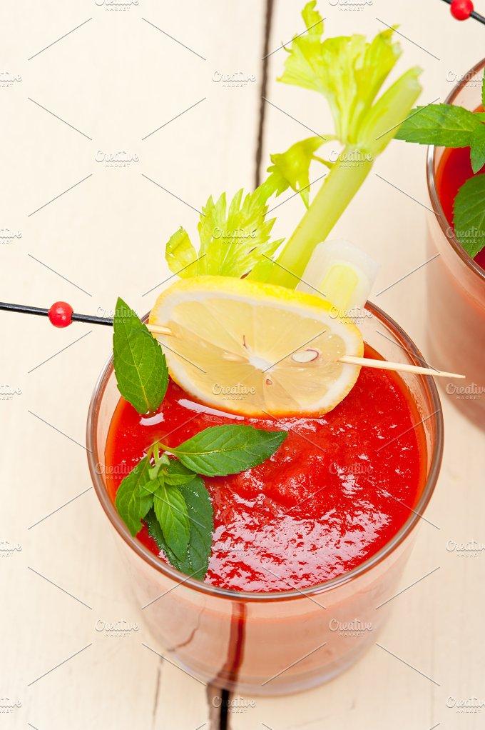 tomato juice 032.jpg - Food & Drink