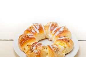 sweet bread donut cake 005.jpg