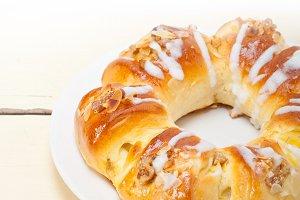 sweet bread donut cake 012.jpg