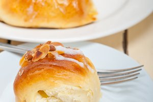 sweet bread donut cake 026.jpg