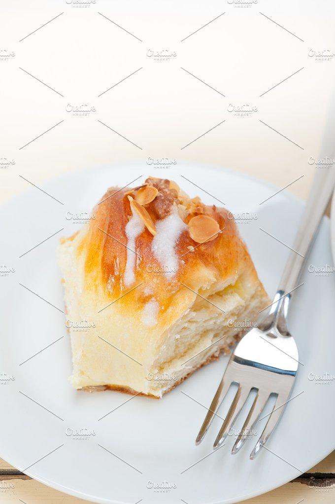 sweet bread donut cake 039.jpg - Food & Drink