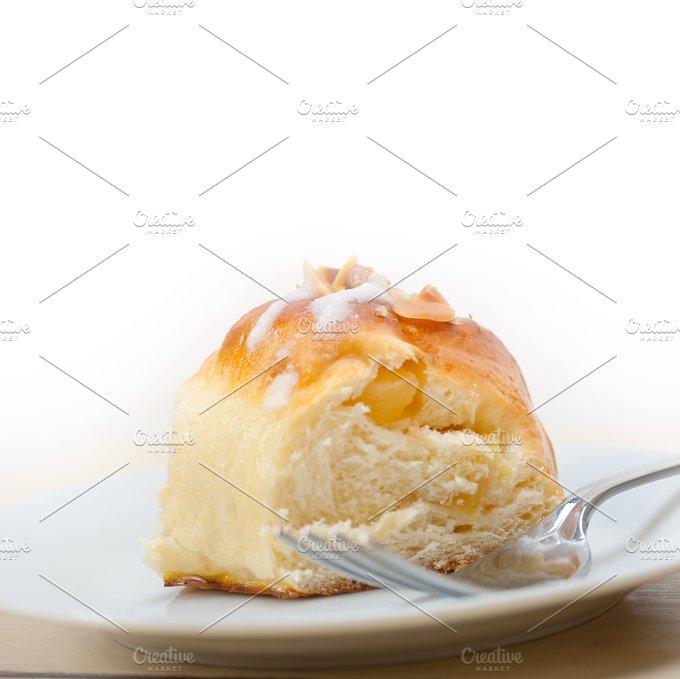 sweet bread donut cake 042.jpg - Food & Drink