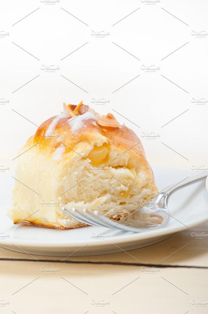 sweet bread donut cake 043.jpg - Food & Drink