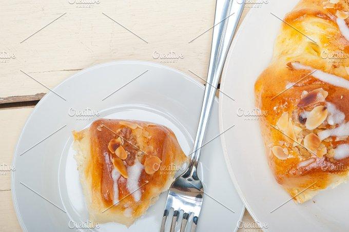 sweet bread donut cake 046.jpg - Food & Drink