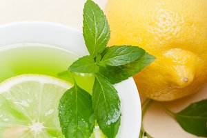 mint tea infusion withl emon 018.jpg