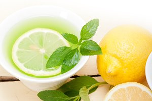 mint tea infusion withl emon 039.jpg