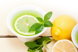 mint tea infusion withl emon 040.jpg