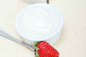 Greek organic yogurt and  strawberries 005.jpg