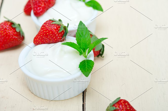 Greek organic yogurt and strawberries 030.jpg - Food & Drink