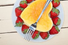 heart shape cheesecake and strawberries 008.jpg