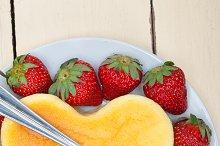 heart shape cheesecake and strawberries 009.jpg