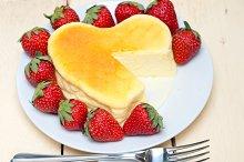 heart shape cheesecake and strawberries 023.jpg