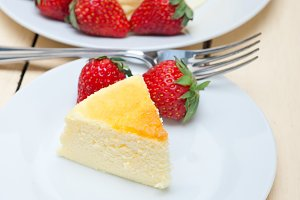 heart shape cheesecake and strawberries 025.jpg