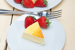 heart shape cheesecake and strawberries 028.jpg