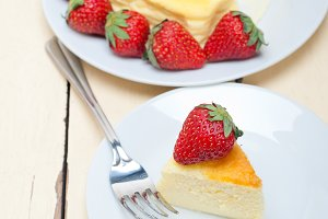heart shape cheesecake and strawberries 031.jpg