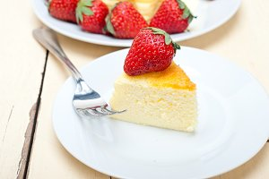 heart shape cheesecake and strawberries 035.jpg
