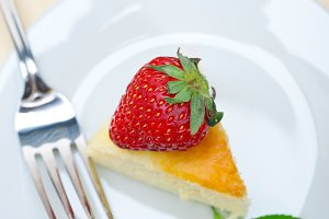 heart shape cheesecake and strawberries 045.jpg