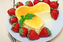 heart shape cheesecake and strawberries 046.jpg
