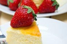 heart shape cheesecake and strawberries 049.jpg