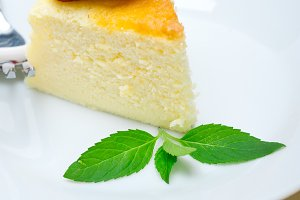 heart shape cheesecake and strawberries 049.jpg