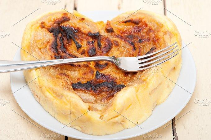 pears pie cake 004.jpg - Food & Drink