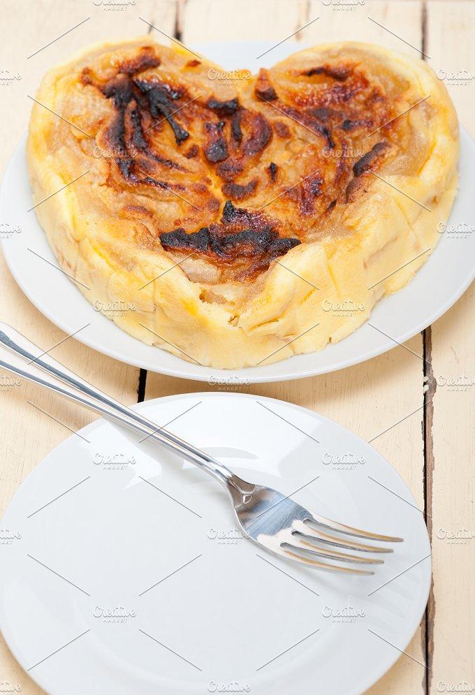 pears pie cake 001.jpg - Food & Drink