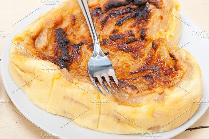 pears pie cake 009.jpg - Food & Drink