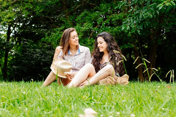 Friends on grass.jpg - People