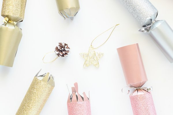 Pink Gold Silver Christmas Cracker…