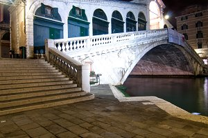 Venice by night 086.jpg