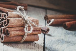 Cinnamon sticks tied with jute rope