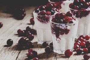 Sweet dessert of vanilla ice cream w