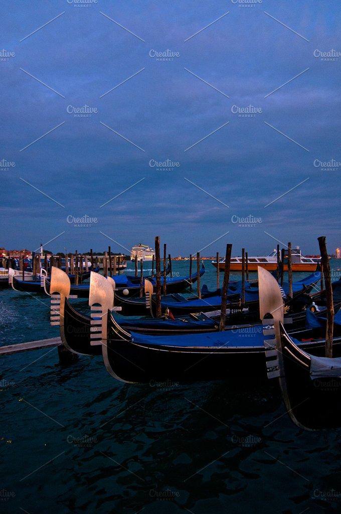 Venice 907.jpg - Holidays