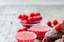 Chocolate muffins with berries