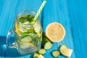 Dietary water. Lemonade with cucumbe