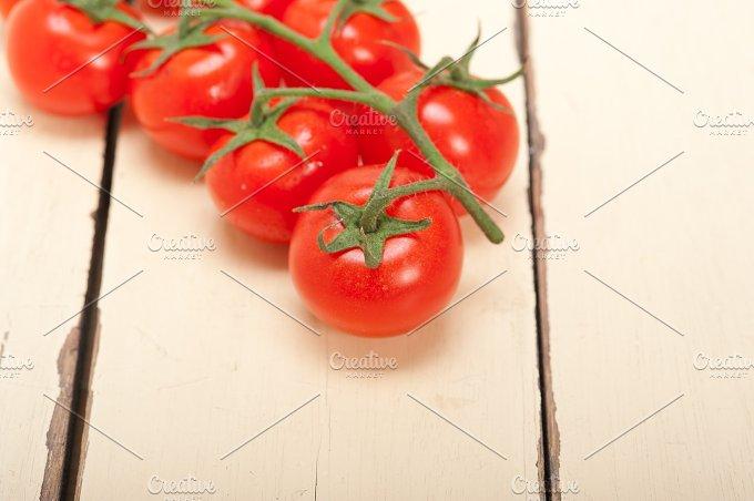 cherry tomatoes 009.jpg - Food & Drink