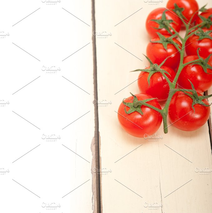 cherry tomatoes 024.jpg - Food & Drink