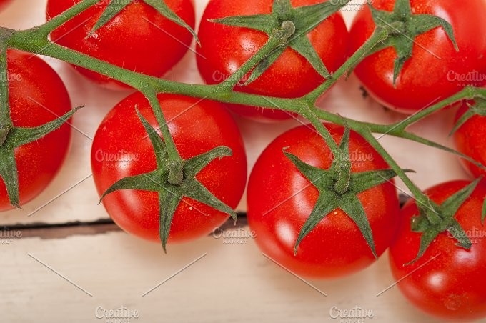 cherry tomatoes 032.jpg - Food & Drink
