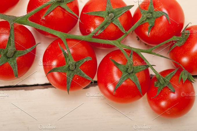 cherry tomatoes 033.jpg - Food & Drink