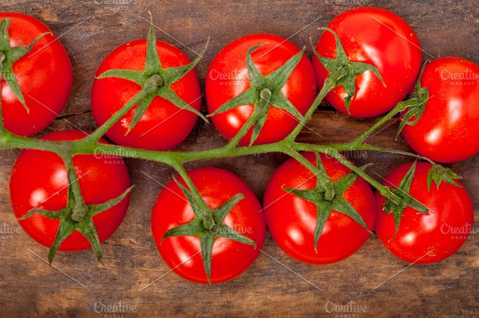 cherry tomatoes 042.jpg - Food & Drink