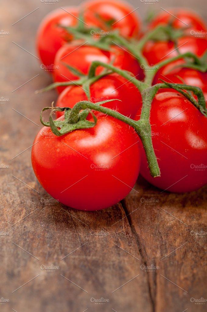 cherry tomatoes 046.jpg - Food & Drink