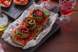 Bruschetta with tomato, eggplant and