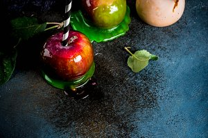 Autumn caramelized apples