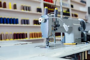 Sewing machine and bobbins thread