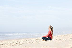 Meditation before surfing
