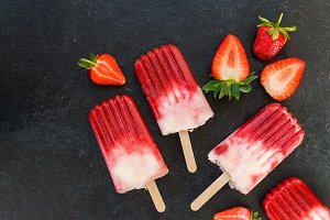Strawberry Popsicle with Strawberry