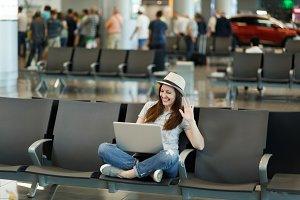 Traveler tourist woman in hat workin