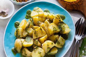 young potatoes, steamed, with pesto