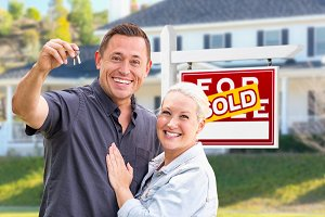 Young Adult Couple With House Keys I